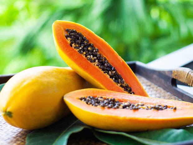 Плоды папайи. \ Фото: florainhouse.ru.