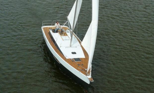 Как построить яхту. Спуск самодельной яхты на воду
