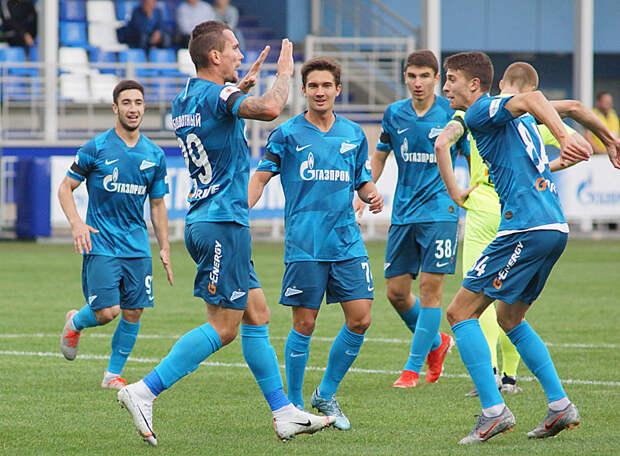 «Динамо» сделало ставку на молодежь. А ведь молодые футболисты «Зенита» не хуже динамовских, просто они не играют в составе главной команды
