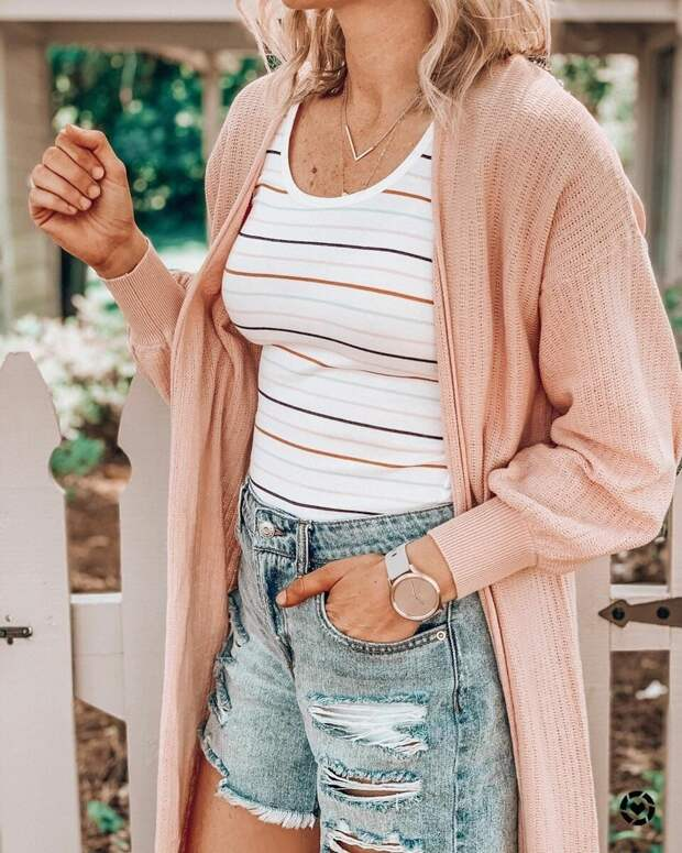 Модные летние кардиганы 2020: трендовые идеи для прохладных прогулок