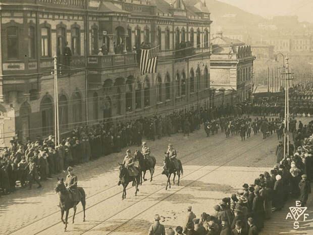 Союзнический парад на Светланской в честь победы в Первой Мировой. 15.11.1918