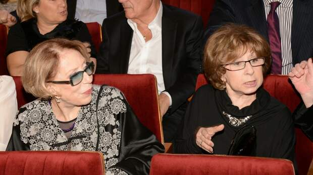 Ахеджакова госпитализирована в Москве. Актрисе поставили тревожный диагноз