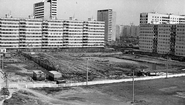 Фото дня: начало строительства детского сада на Декабристов