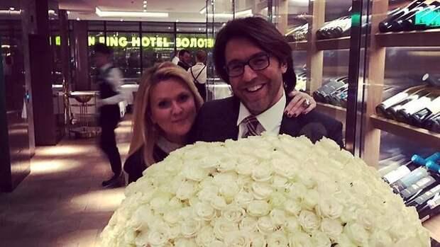Не меньше полумиллиона: как Андрей Малахов с женой отметили годовщину свадьбы