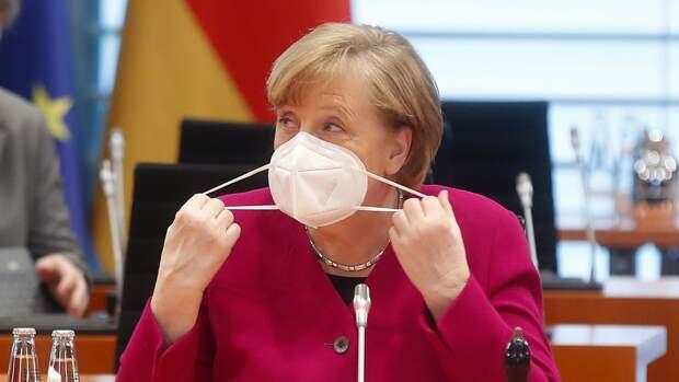 Меркель назвала ошибочным закон об ограничении ЛГБТ в Венгрии