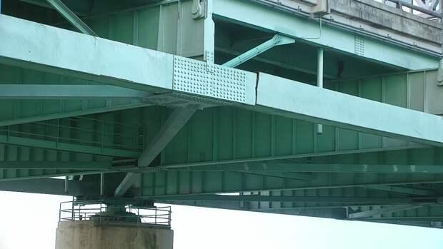 В США треснул мост, соединяющий два штата
