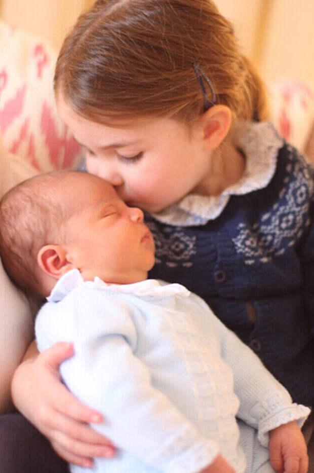 Принцесса Шарлотта и принц Луи