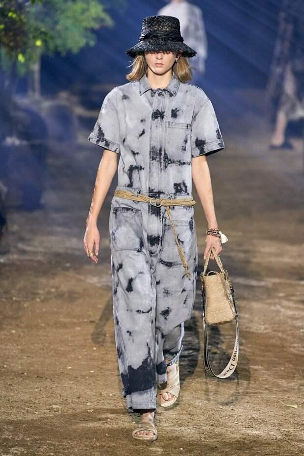 Коллекция Dior лето 2020