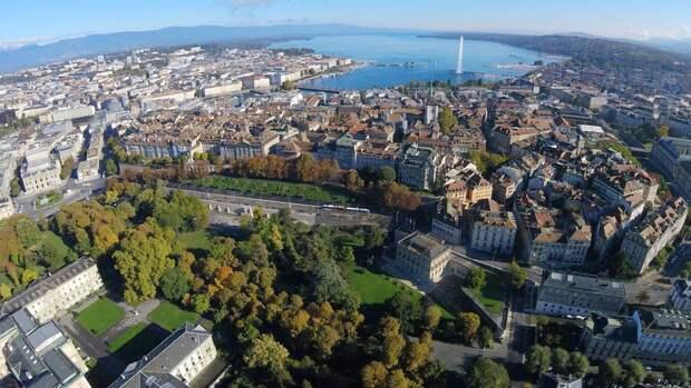 Самолет делегации из России целый час ожидал разрешения на посадку в Женеве