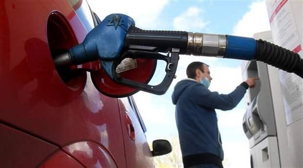 Правительство РФ внесло в Госдуму законопроект о донастройке демпфера по топливу