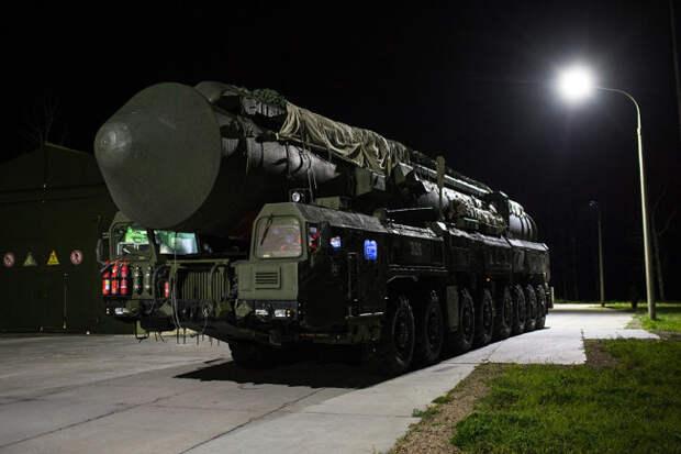 Американский адмирал сравнил уровни модернизации ядерных сил РФ и США