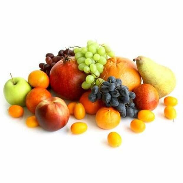 Женщина 29 лет ест только фрукты! Разве так можно жить? Дайте ей кусок мяса. у нас мясо дешевле!