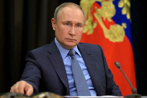 Путин сравнил препараты РФ от COVID с автоматом Калашникова