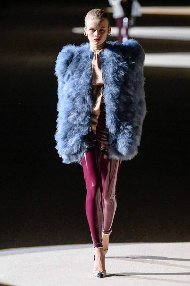 Ультрамодный латекс 2020-2021: как носить зимой
