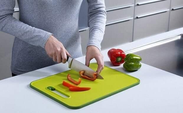 Для каждой категории продуктов должна быть отдельная разделочная доска / Фото: img.moyo.ua