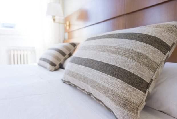 Волочкова потребовала от коммунальщиков более 8 млн рублей за кровать
