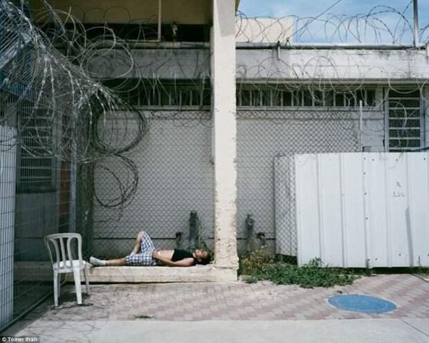 7 мрачных фото женской израильской тюрьмы «Неве-Тирца»