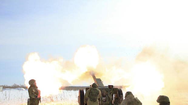 Военные ВВО провели репетицию праздничного салюта ко Дню Победы в Бурятии
