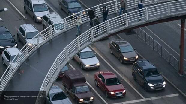 """Жителей Брянска напугал автомобиль с """"детской головой"""" на фаркопе"""