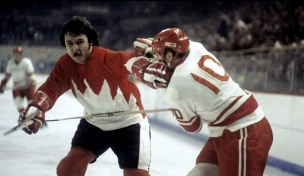 Советские и канадские прославленные хоккеисты