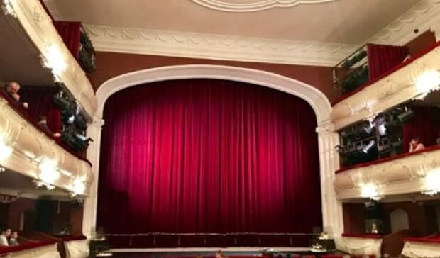 Сцену обновят в театре имени Чехова в Таганроге