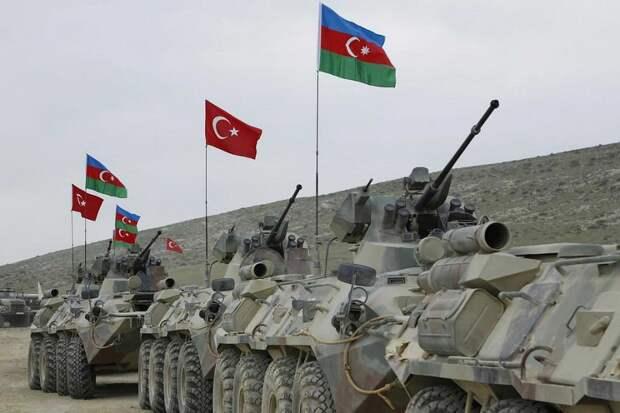Слияние азербайджанской и турецких армий произошло де-факто