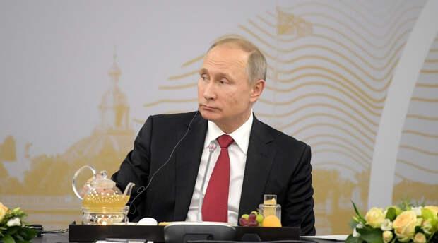 Владимир Путин пообещал ответить Украине за «анти-Россию»