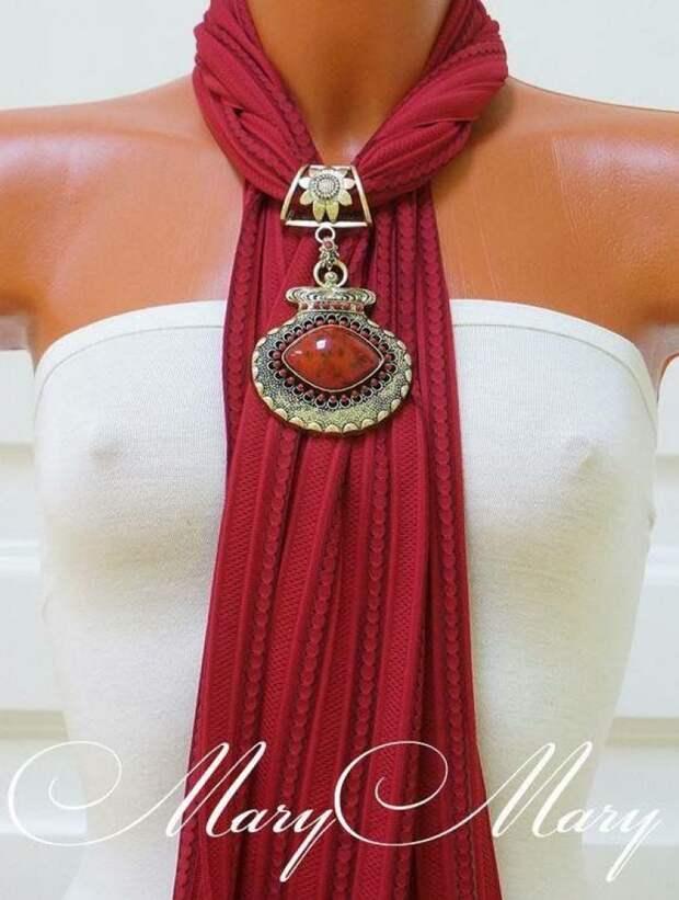 20+ элегантных образов с шарфами и бижутерией.