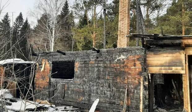Две бани исадовый дом сгорели накануне 8марта вНижнем Тагиле