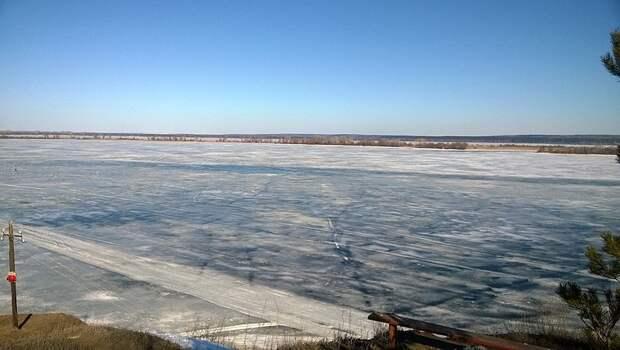 Ледовую переправу открыли через Каму вблизи Сарапула