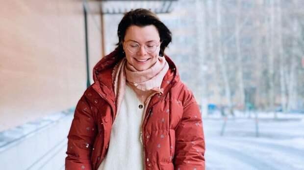 Молодая жена Петросяна очаровала фанатов фото с ямочкой на щеке