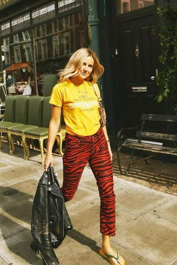 На замену джинсам: какие брюки выбрать весной 2021