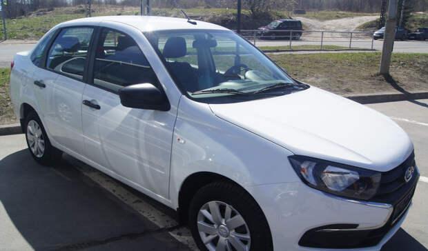 Жителю Карелии вручили новый автомобиль из-за несчастного случая на производстве