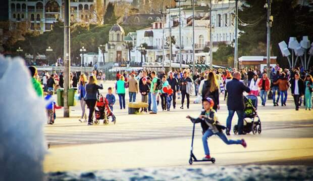 Какие города Крыма выбирают женщины с детьми на майские праздники