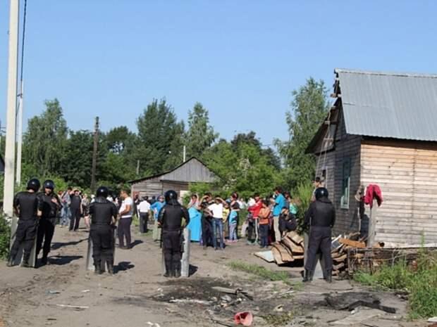 В Ульяновской области участники цыганской свадьбы пытались задавить друг друга машинами