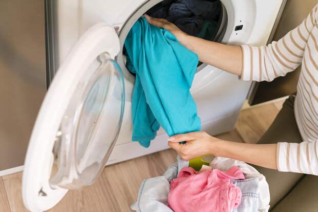 Блогер показала идеальный способ продления срока службы одежды