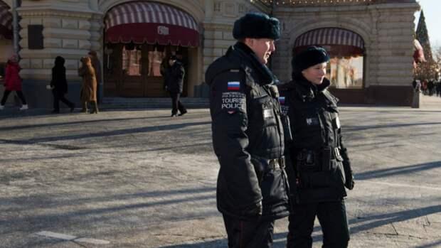Россиянам назвали города с самыми буйными туристами
