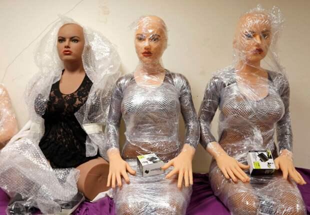 Фабрика силиконовых женщин-1