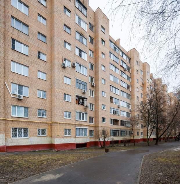 На городской аукцион выставлена двухкомнатная квартира на Митинской