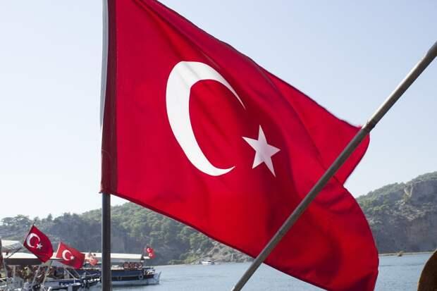 Bloomberg: названа новая дата возобновления авиасообщения с Турцией