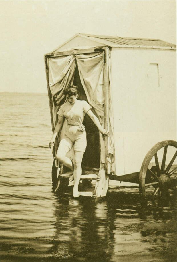 Купальщица, 1893 год.