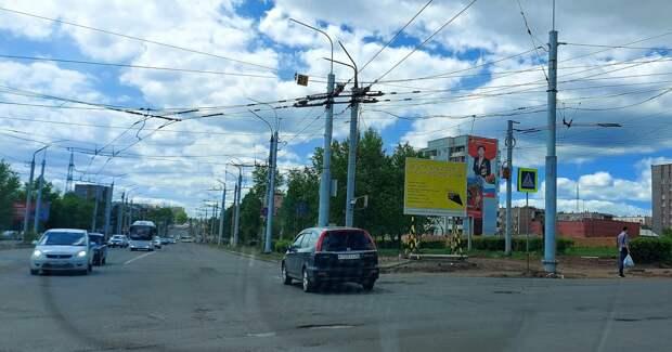 Проезд по улице Комсомольской в Братске перекрыли из-за капремонта дороги
