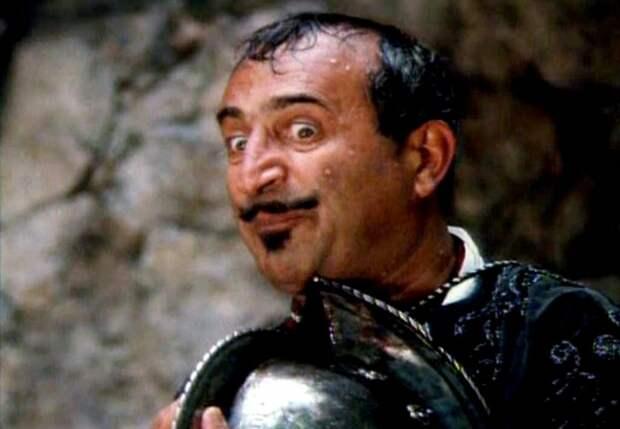 Кто скрывался под маской гадкого, но обаятельного злодея Альвареса Торреса в «Сердцах трёх»
