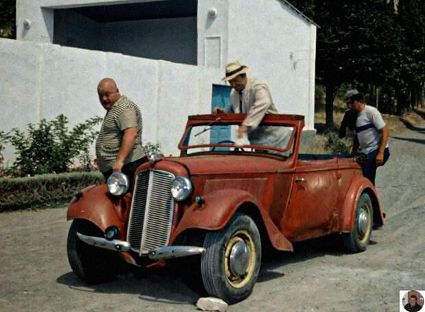 Легендарные автомобили из известных фильмов