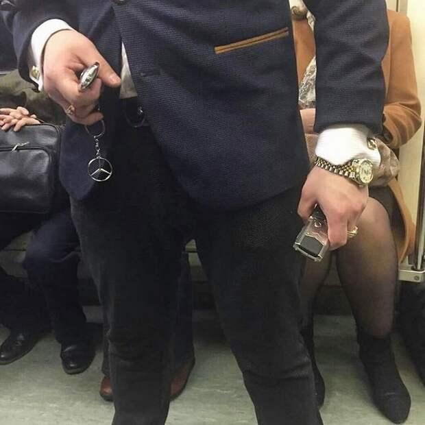 И настоящего месье в общественном транспорте всегда видно аристократ, аристократы, дворянские выходки, прикол