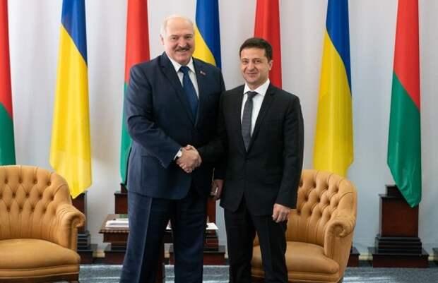 Лукашенко назвал Украину Россией на встрече с Зеленским
