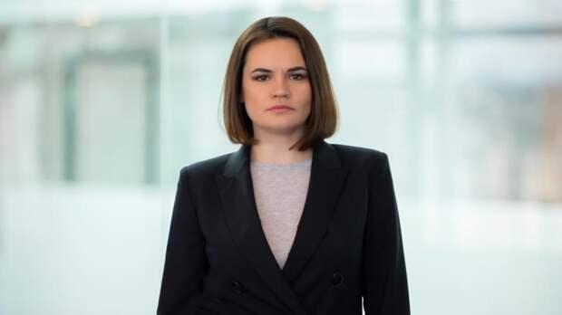 Тихановская могла лечь на аборт в европейскую клинику после «интрижки с охранником