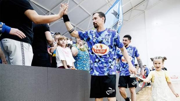 «Виктор» победил «СГАУ-Саратов» и завоевал бронзовые медали чемпионата России по гандболу