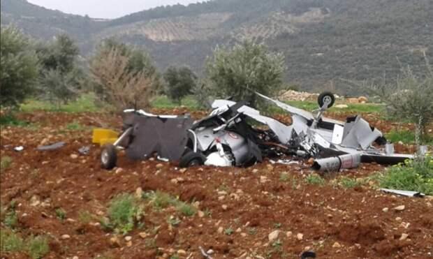 Турецкий ударный БПЛА Bayraktar TB2 сбит курдами над Африном, Сирия.