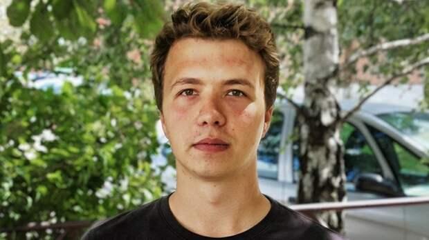 Эксперт оценил роль брифинга с участием Протасевича для мировой журналистики...